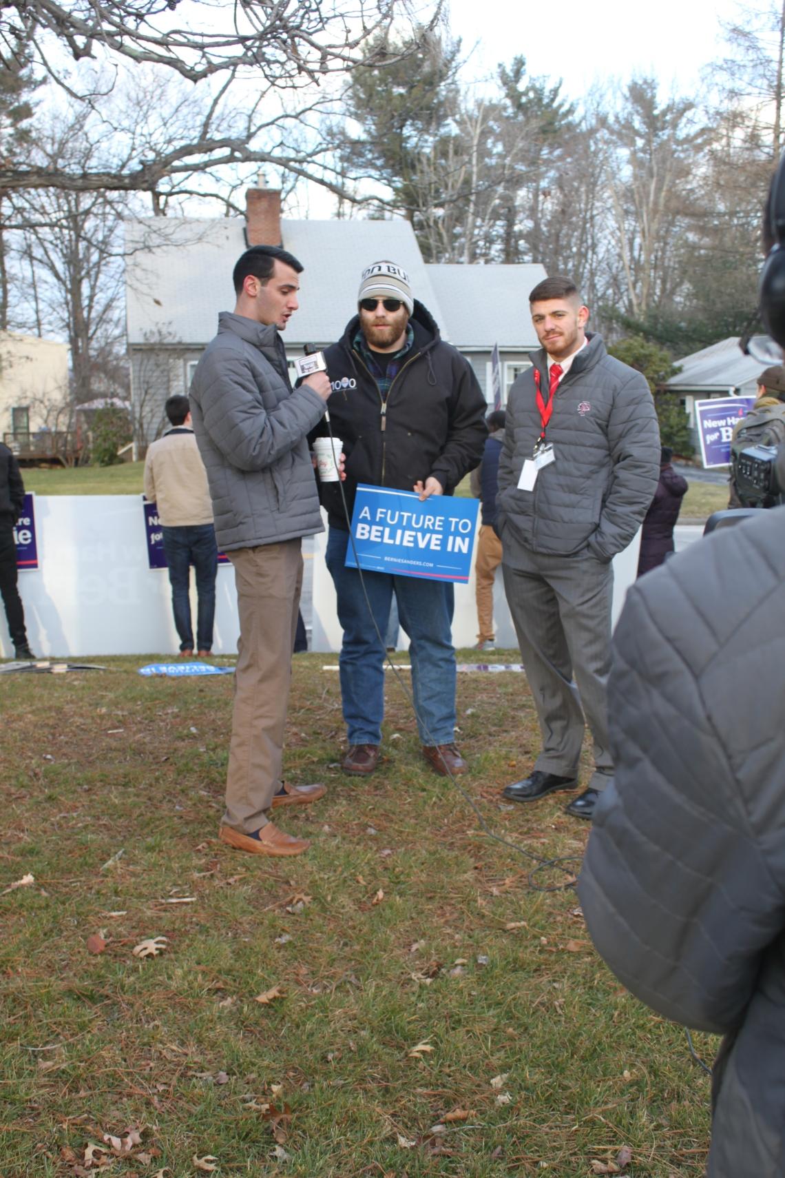 Tapparo_Dem_debates_supporters_Sanders