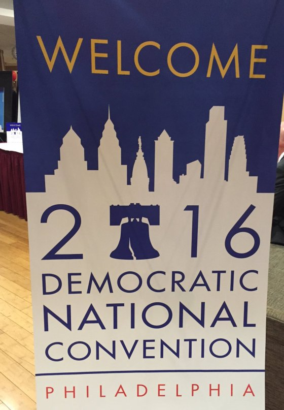 DNC_welcome_sign